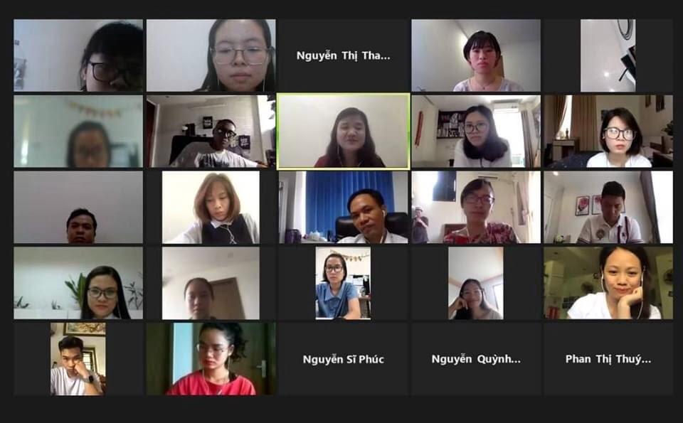 """Lớp học """"Quyền lực mềm"""" - Vũ Hạnh Hoa HRP được tổ chức qua Zoom Vietnam"""